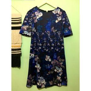 {3/$25} betsey johnson • floral shift dress